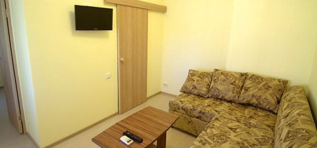 Двухкомнатный 4-х местный «Семейный» номер на втором этаже